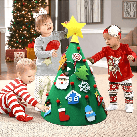 🎄Finally! A Felt Christmas tree that your Toddler can decorate over and over 🎄