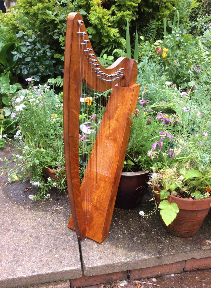 Derwent Harps Adventurer 20 in Natural Wood Finishes Made in England   derwent harps.myshopify.com