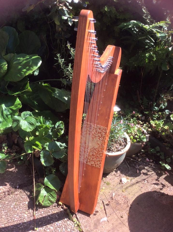 Derwent Harps Adventurer 20 in Natural Wood Finishes Made in England