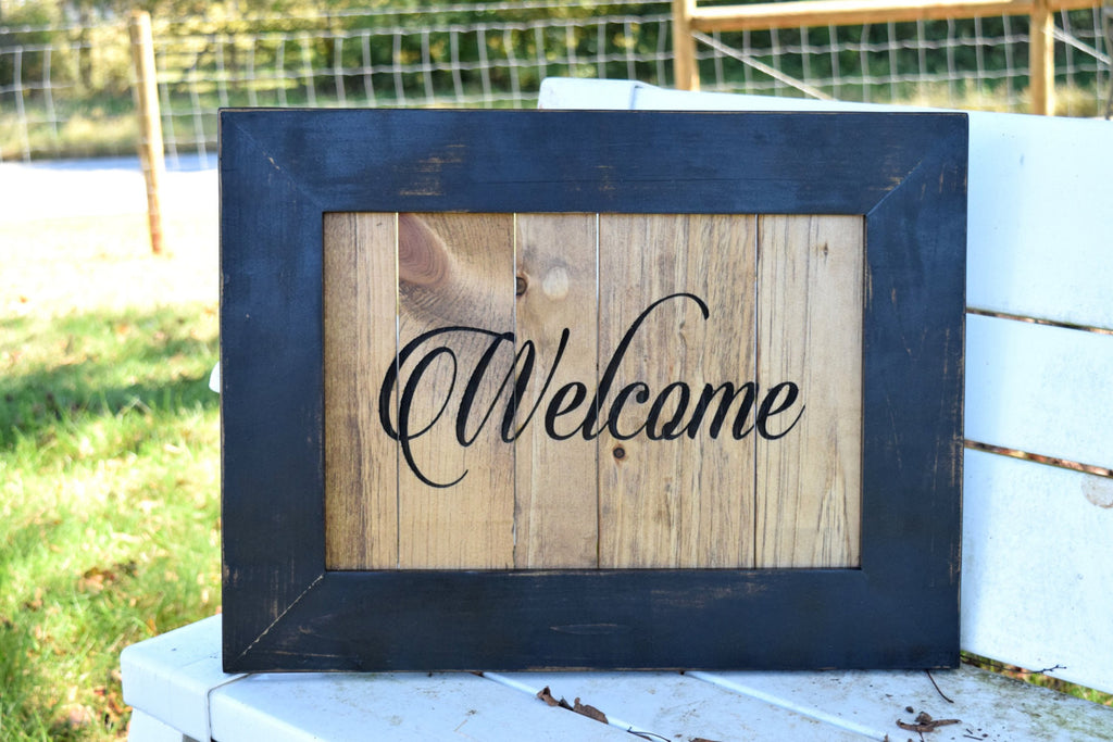 Framed Pallet Board Welcome Sign
