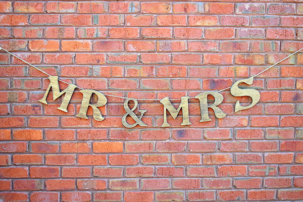 Mr And Mrs Large Wooden Letters: Mr And Mrs Wooden Hanging Wedding Sign