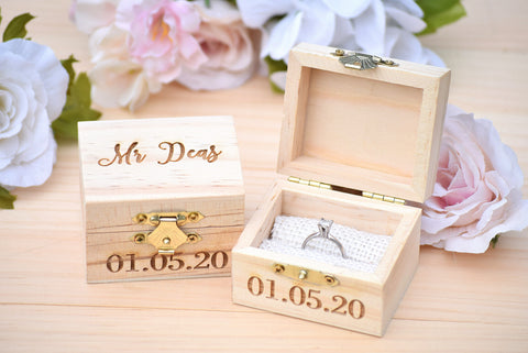 Personalized Mr and Mrs Ring Box