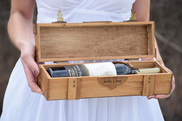 Double Lockable Wine Box with Personalized Top and Heart Engraving