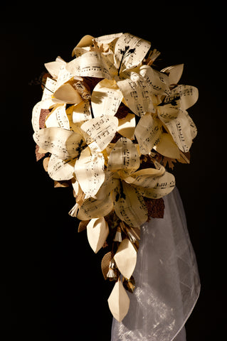 The don't wilt or turn to mache - paper flower bouquets are amazing!