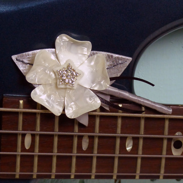 Guitar Pick Buttonholes
