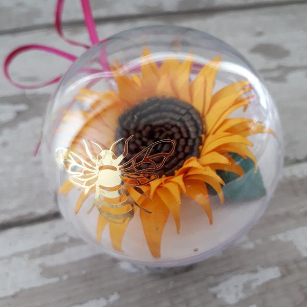 A Sunflower of Hope Despite the darkness quote bubble