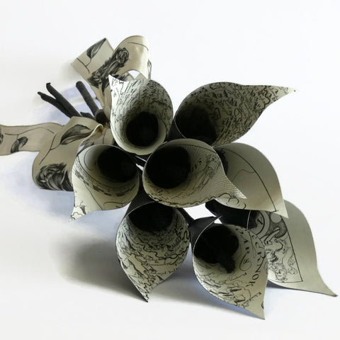 black & white paper calla lily flower bouquet