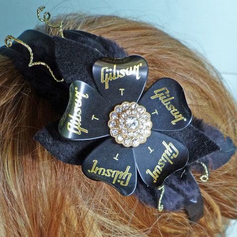 Gibson plectrum headband