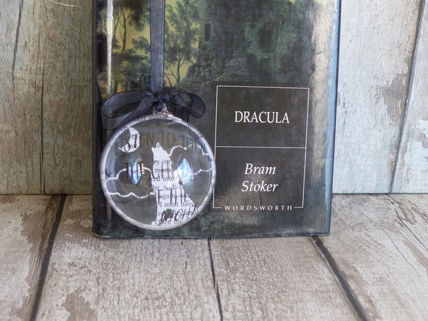 Dracula wolf decoration