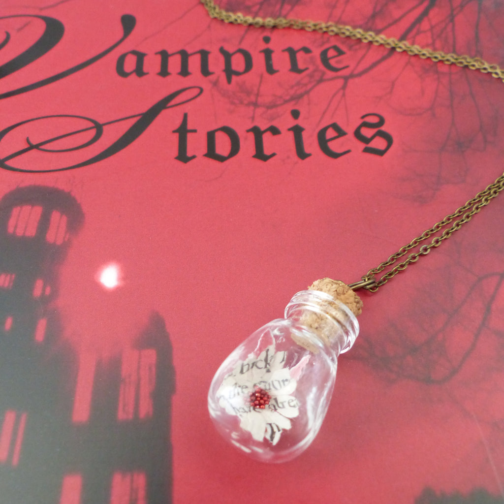 Bram stokers Dracula book daisy necklace