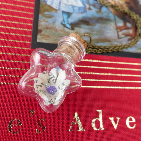 Lewis Carroll Alice book daisy necklace