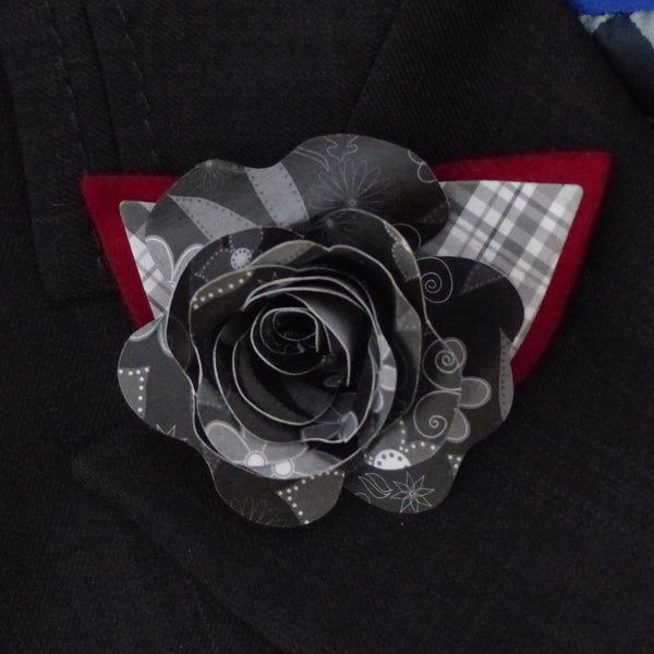 Paper rose black and red Boutonnière