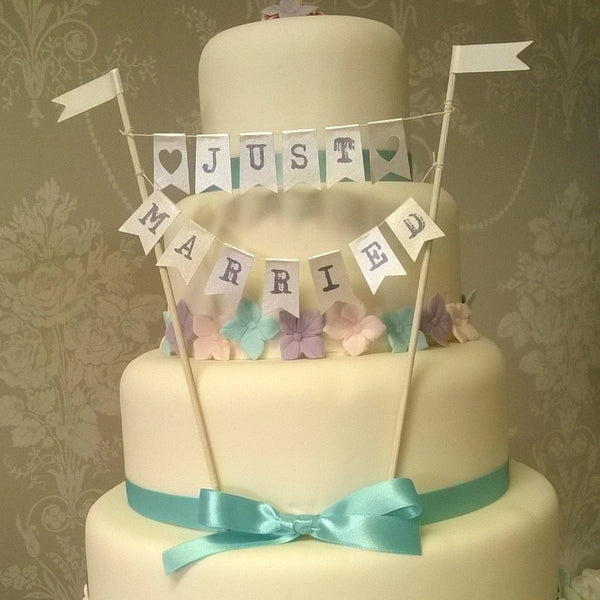 Navy Just married cake bunting