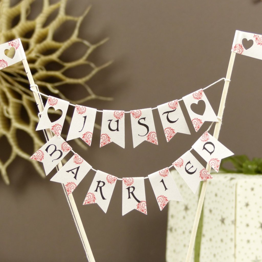 Calligraphy wedding cake bunting