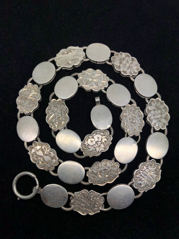 Victorian Flat Silver Collar