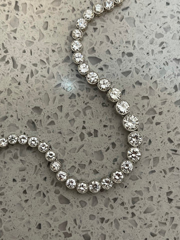 Platinum Diamond Necklace Deposit