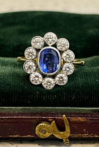 3/3 18ct Gold Sapphire and Diamond Cluster Ring