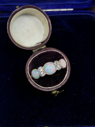 Edwardian 18ct Gold Opal and Diamond Ring