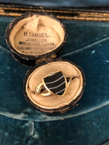 Antique Gold and Agate Shield Ring with Snake Shoulders