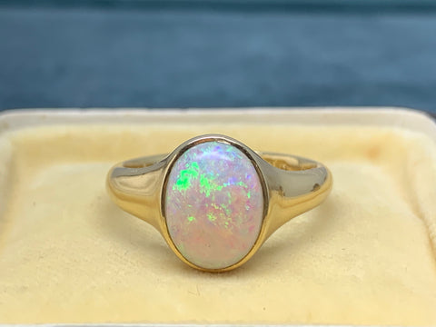 Reserved for I 1928 Opal 18ct Gold Signet Ring