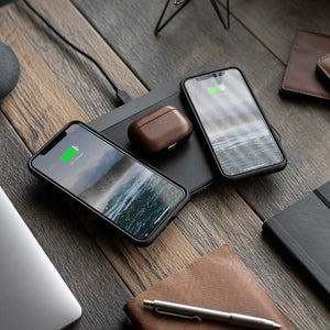 NOMAD® Base Station Pro - Full-Surface Wireless Charger