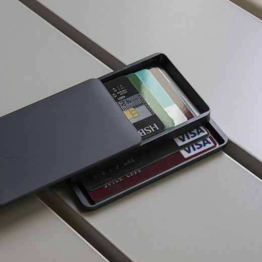 ZENLET 2 Series - The Most Elegant Aluminum Quick Access Wallets - ZENLET Malaysia - Storming Gravity