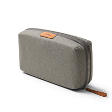Bellroy Tech Kit - A clever zip pouch to store your tech accessories