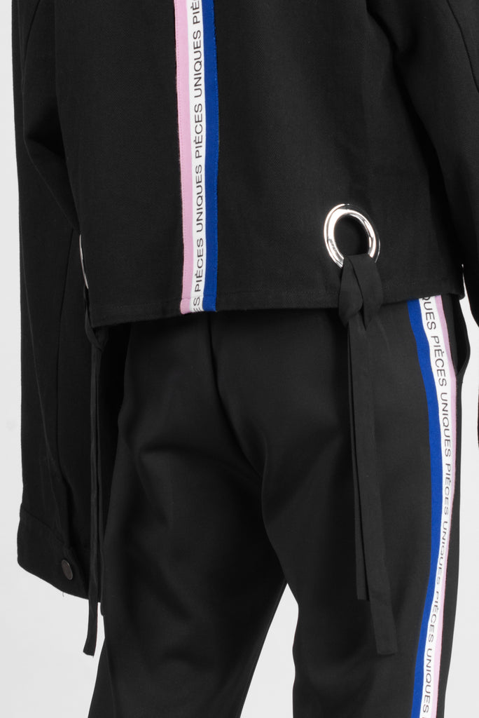 "Oversize ""La Clé"" black jacket ring tricolor tape"