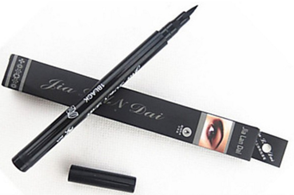 High-Quality Black Lasting Eyeliner - Waterproof # 17854