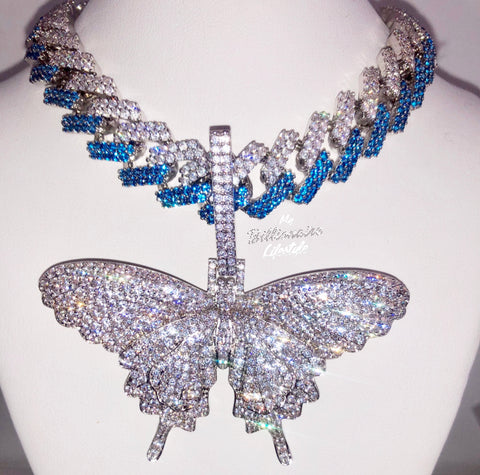 Butterfly on Prong Link Chain (Clear / Blue Stones)