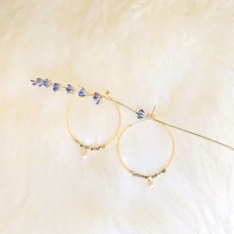 NEW!  AMBER PEARL BEADED HOOP EARRINGS