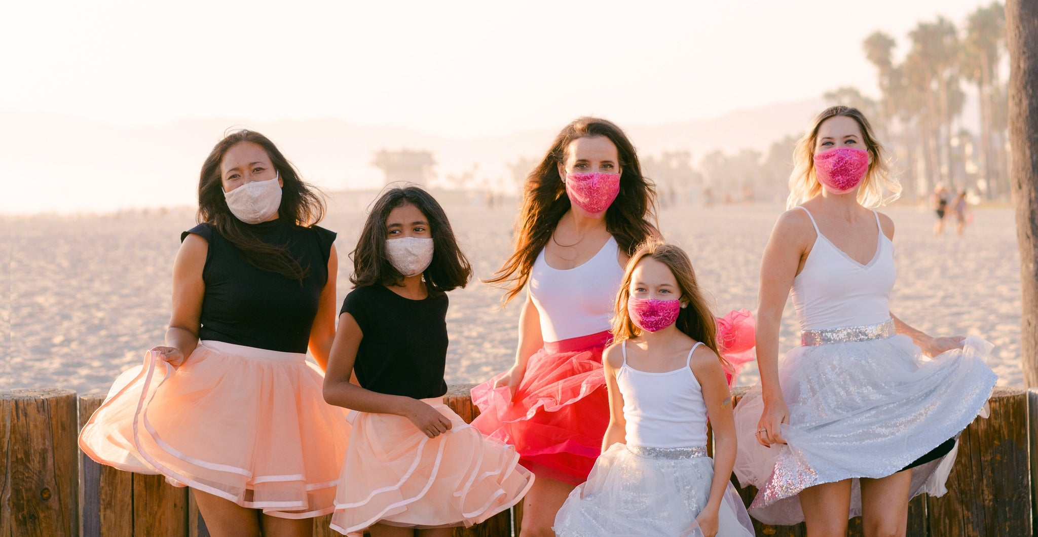 fashionable tulle masks