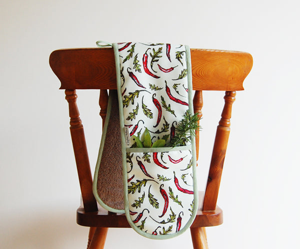 Chilli and Rocket Oven Mitt