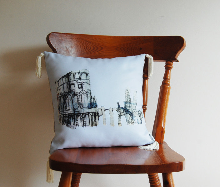 Colosseum Cushion