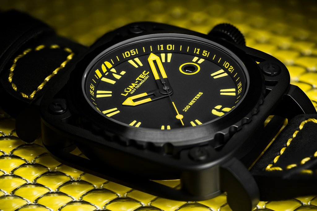 Special Closeout! Lum-Tec G8 wristwatch - The CGA Company