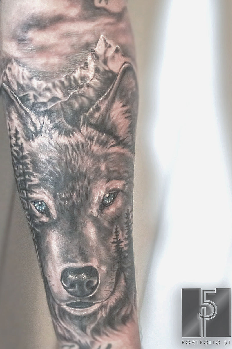 Portfolio 51 Wolf Nature Tattoo