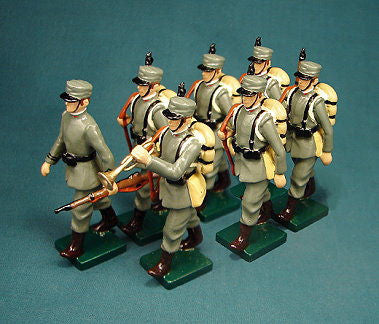 BG312 - Italian Infantry in Winter Uniform made by Beau Geste WWI - Piers Christian Toy Soldiers