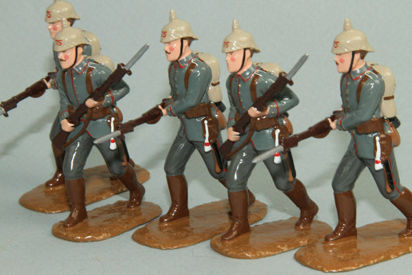 WW115 - German Infantry 1914 from Regal Toy Soldiers - Piers Christian Toy Soldiers - 1