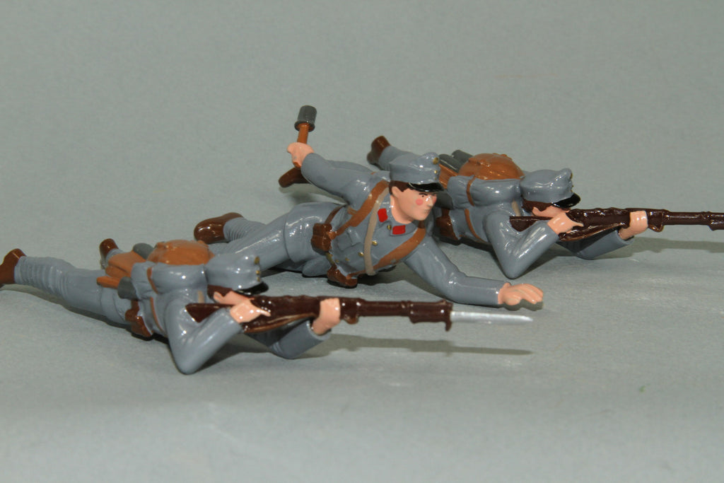 WW90E - Austrian Infantry attacking (Firing and Grenades) from Regal Toy Soldiers - Piers Christian Toy Soldiers - 2