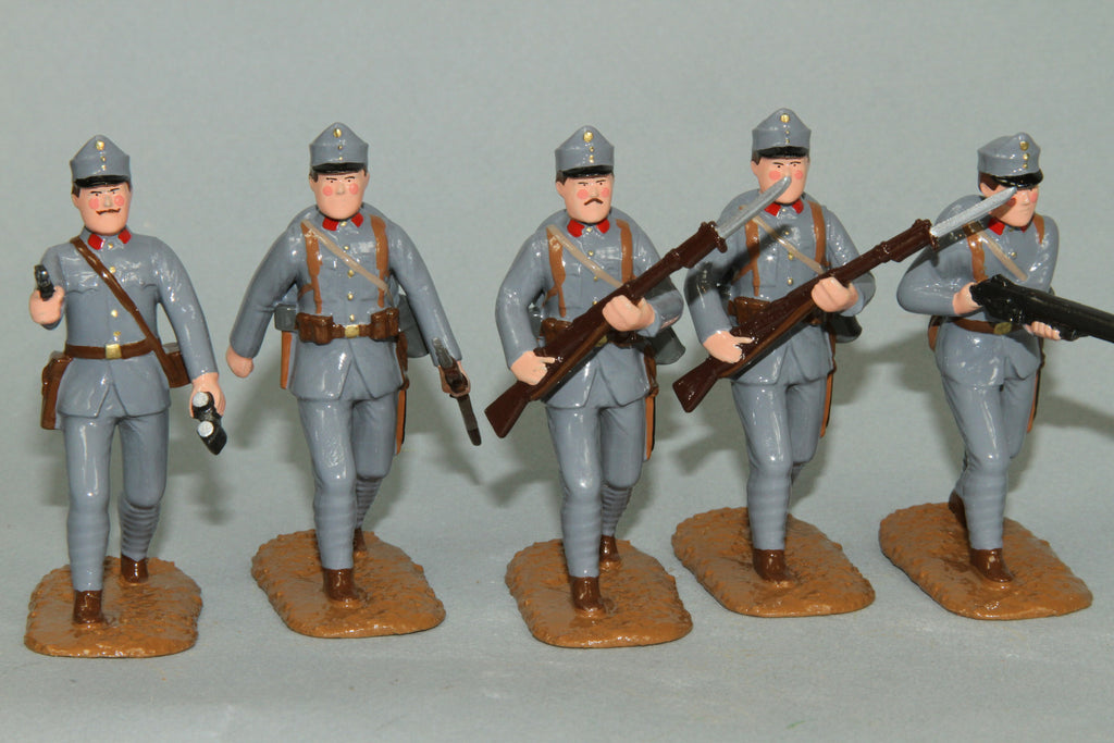 WW90C - Austrian Infantry 1915-16. Advancing Officer and troops from Regal Toy Soldiers - Piers Christian Toy Soldiers - 2