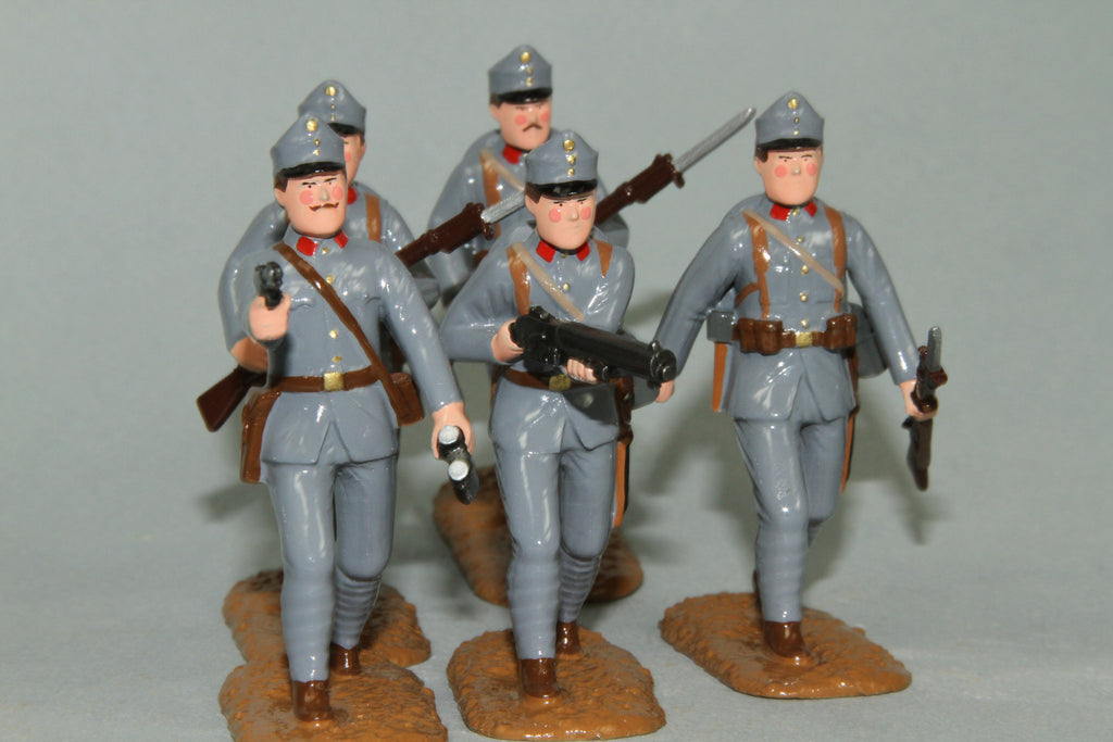 WW90C - Austrian Infantry 1915-16. Advancing Officer and troops from Regal Toy Soldiers - Piers Christian Toy Soldiers - 4