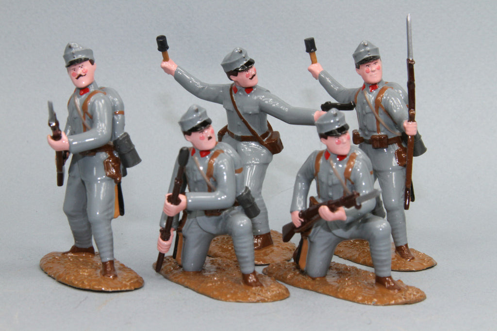 WW90D - Austrian Infantry Attacking. From Regal Toy Soldiers - Piers Christian Toy Soldiers - 1