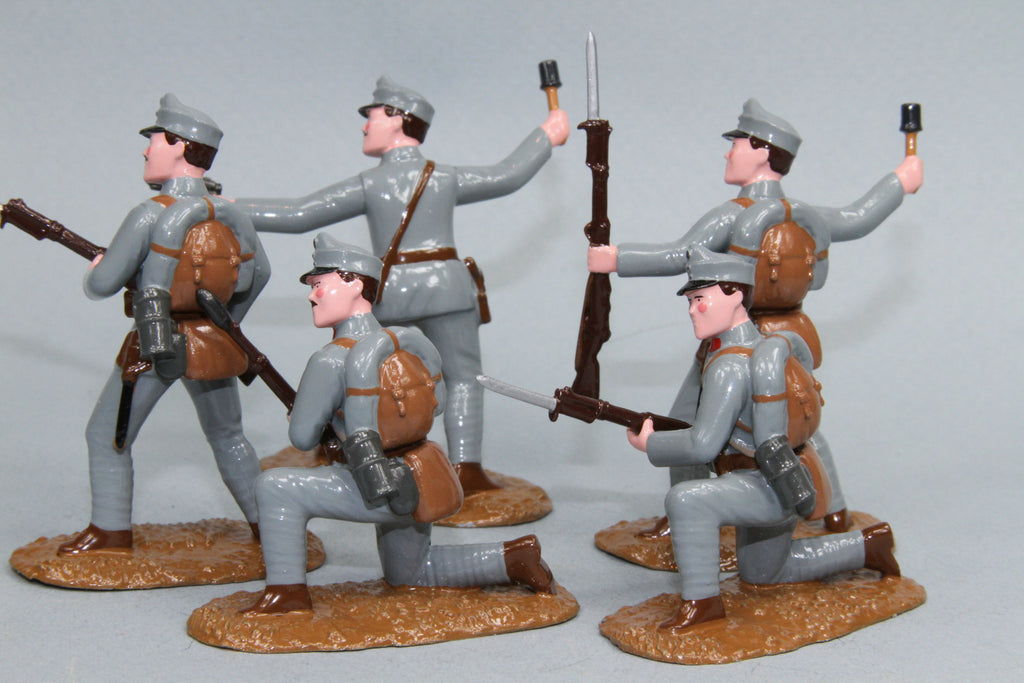 WW90D - Austrian Infantry Attacking. From Regal Toy Soldiers - Piers Christian Toy Soldiers - 2