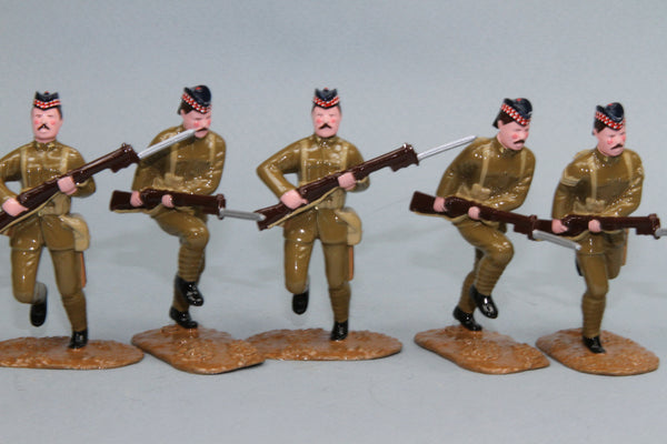 WW79A - Highland Light Infantry Charging (1914), by Regal Toy Soldiers - Piers Christian Toy Soldiers - 1