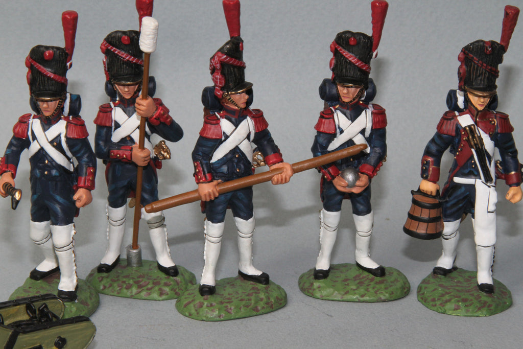 FAG2 - French 12LB Cannon and crew loading. Frontline Napoleonic - Piers Christian Toy Soldiers - 3