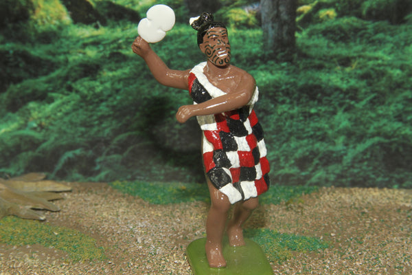 NZ18 - Rangatira hei Kau Huruhuru, Leading A Haka War Dance. Regal Toy Soldiers - Piers Christian Toy Soldiers - 1