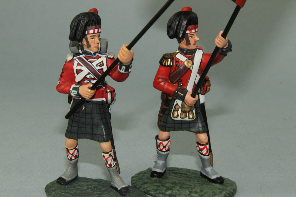 NBW6 Royal Highlanders Regimental Colours N.C.O.-  Frontline Napoleonic - Piers Christian Toy Soldiers - 2