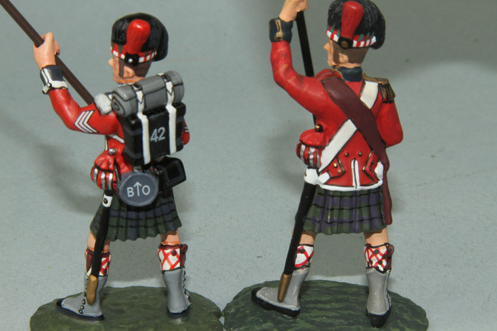 NBW5 Royal Highlanders King's Colours Standard Bearer and NCO - Frontline Napoleonic - Piers Christian Toy Soldiers - 3