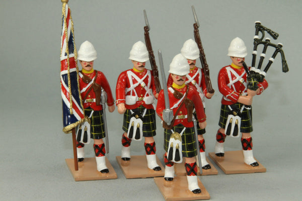 HR9G - Gordon Highlanders Marching with Standard, Red Tunic version. Made by Regal Toy Soldiers - Piers Christian Toy Soldiers - 1