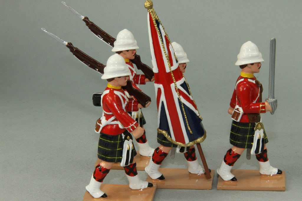 HR9G - Gordon Highlanders Marching with Standard, Red Tunic version. Made by Regal Toy Soldiers - Piers Christian Toy Soldiers - 2
